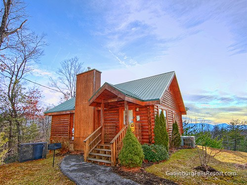 Pigeon forge cabin dream maker 1 bedroom sleeps 4 for Smoky mountain nc cabin rentals