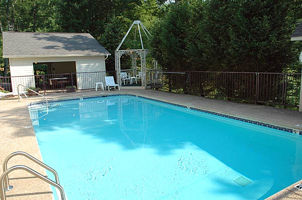 Pigeon Forge Cabin Big Bear Lodge Old 7 Bedroom Sleeps 34 Swimming Pool Access