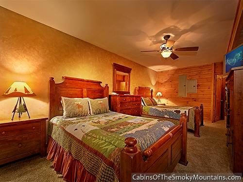 Pigeon forge cabin heaven 39 s hidden view 6 bedroom - Gatlinburg falls resort swimming pool ...