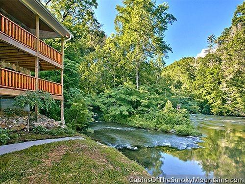 Riverside Lodge picture
