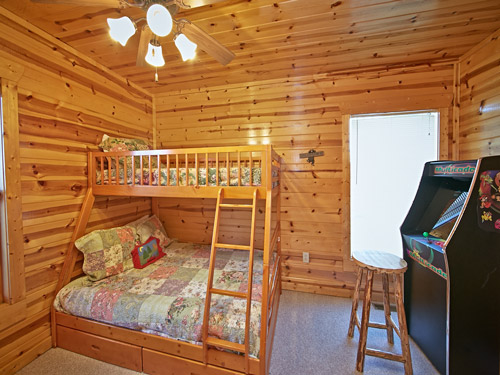 pigeon forge cabin grin n 39 bear it 4 bedroom sleeps 12