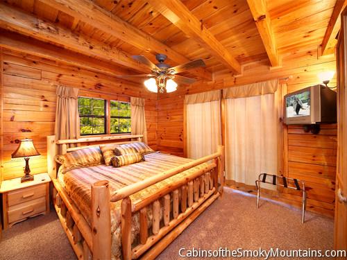 pigeon forge cabin blue heaven 1 bedroom sleeps 8