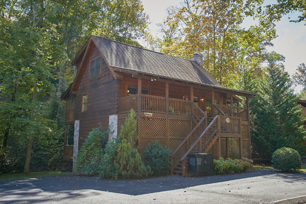 Pigeon Forge Cabin Happy Trails 5 Bedroom Sleeps 14 Jacuzzi Swimming Pool Access