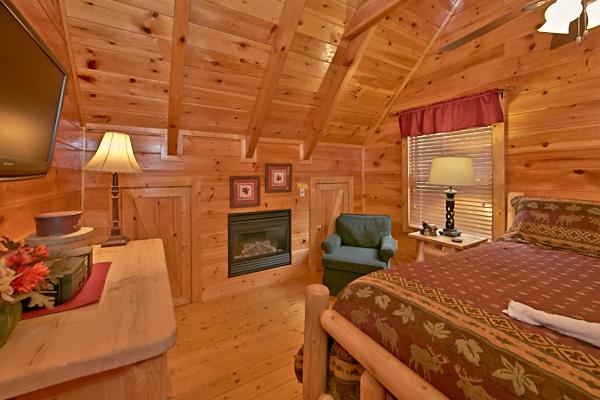 pigeon forge cabin bear 39 s lair 2 bedroom sleeps 8