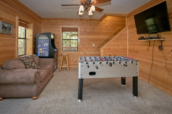 pigeon forge cabin mountain strong 3 bedroom sleeps 14