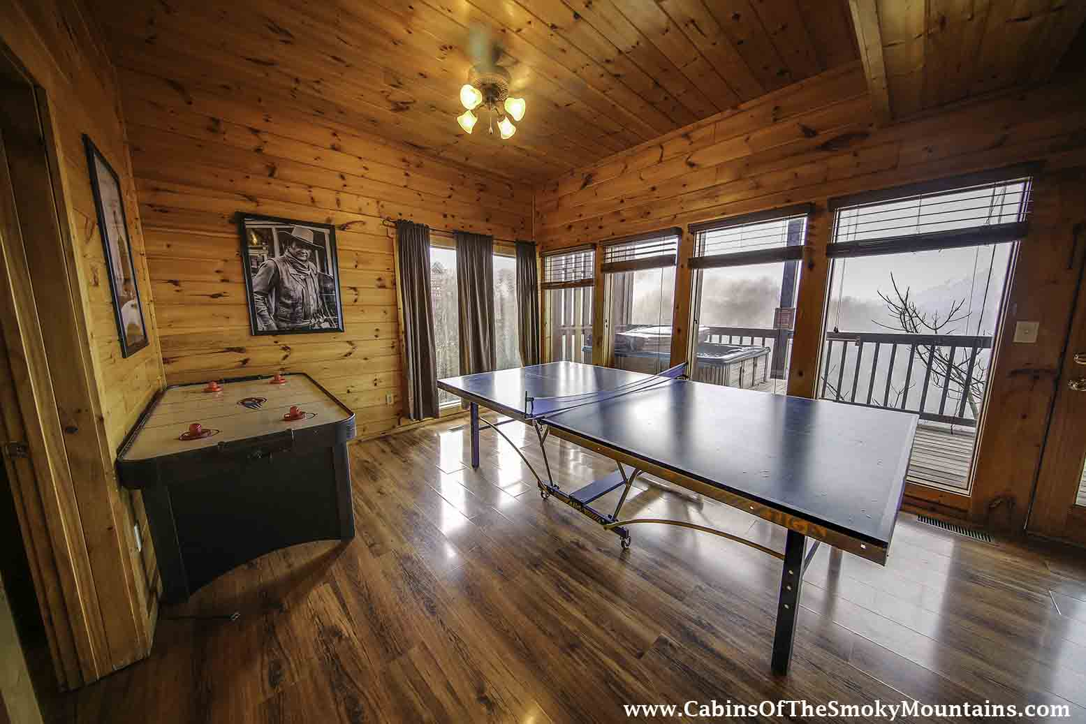 pigeon forge cabin vantage point 2 bedroom sleeps 8