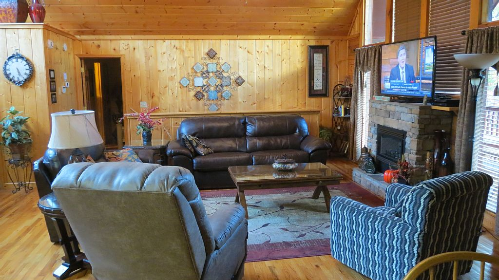 pigeon forge cabin grand getaway 4 bedroom sleeps 10