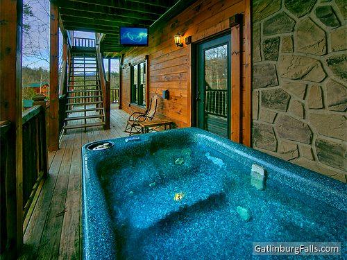 gatlinburg cabin cherokee 39 s dream 6 bedroom sleeps 28