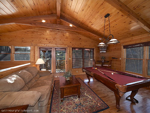 gatlinburg cabin smoky mountain escape 2 bedroom sleeps 10