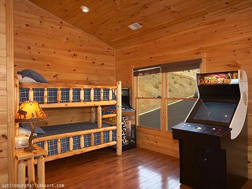 7 Bedroom Cabins In Gatlinburg Tn 28 Images Gatlinburg Tennessee Usa Smoky Mountains