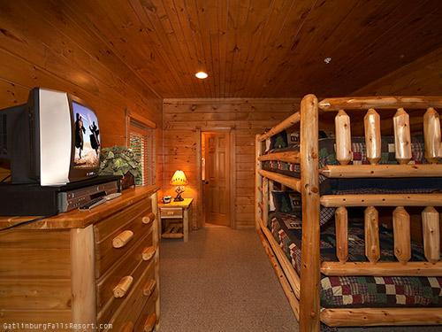 Gatlinburg Cabin Cloud Nine 9 Bedroom Sleeps 32