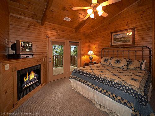 Gatlinburg Cabin Majestic Point 5 Bedroom Sleeps 20
