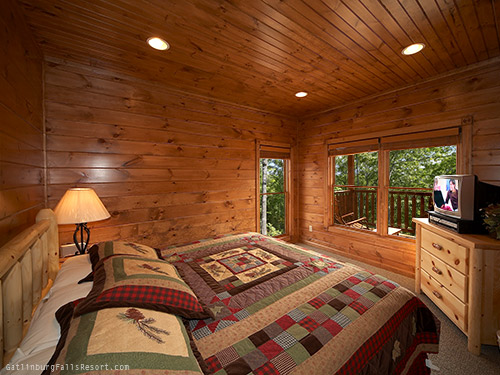 gatlinburg cabin bear necessities 3 bedroom sleeps 12