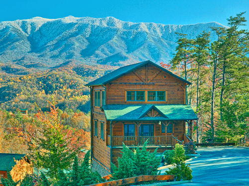 Gatlinburg cabin amazing views 2 bedroom sleeps 10 for Www cabins of the smoky mountains com