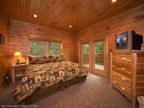 Gatlinburg Cabin Take Me Away 5 Bedroom Sleeps 19