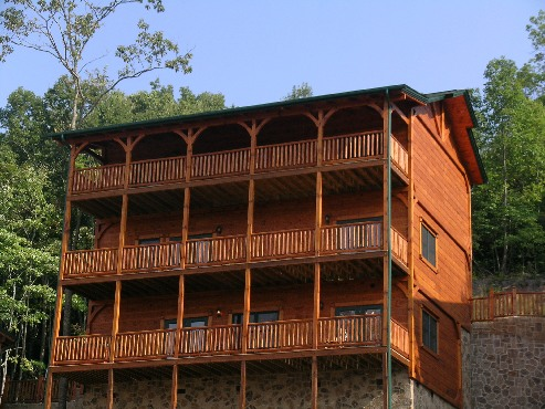 gatlinburg cabin king of the hill 5 bedroom sleeps 18
