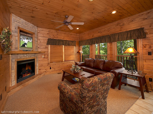 gatlinburg cabin magic moments 1 bedroom sleeps 8