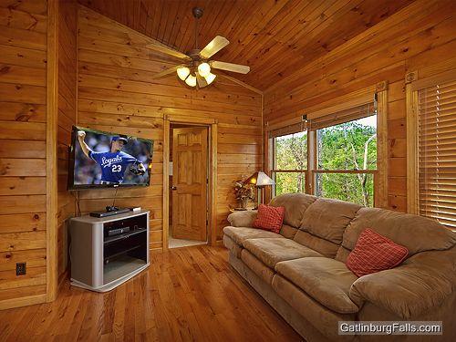 gatlinburg cabin viewtopia 2 bedroom sleeps 10