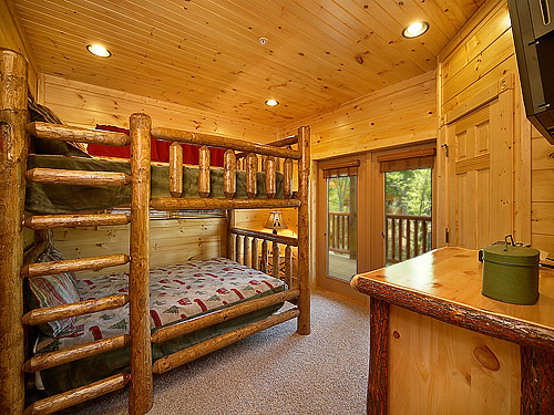 Pigeon Forge Cabin Mountain Getaway 7 Bedroom Sleeps 28
